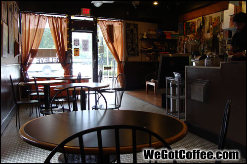 8ceafe7cca3 Inside an Empty Coffee Shop | Slow Business at the Coffee Shop